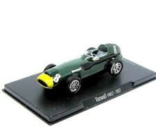 FORMULA-1 STIRLING MOSS VANWALL VW 57 #8  YEAR 1957, GREEN ALTAYA 1:43 CAR MODEL
