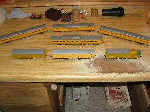 Set of 7 HO scale Union Pacific 1476A With Dummy Diesel