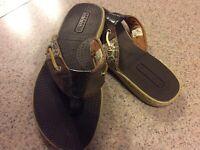 L👀K Sperry Top Sider Women's Slip On Thong Flip Flops Brown/Leopard #9245218 6M