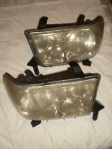 2007-13 Toyota Tundra Headlights / Factory Pair / Set Of 2 - OEM / Used