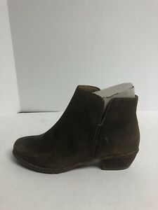 Clarks, Wilrose Frost Ankle Boot, Womens Size 7 M