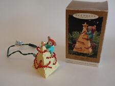 Hallmark Collectible Keepsake Ornament 1995 Chris Mouse Tree Light Up Cheese Iob