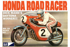 MPC 856 Dick Mann Honda 750 Road Racer Daytona Winner Motorcycle model kit 1/8