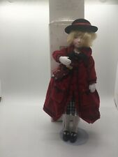 "VINTAGE Avon Porcelain Girl Doll ""Favorite Dolly"" Childhood Dreams Collection"
