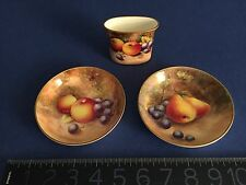 Royal Worcester Cabinet Hand Painted Fruit 2 plates +spill vase MINT SIGNED RARE