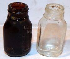 Deux flacons comprimés désinfection de l'eau fouille Normandie GB WW2 anglais