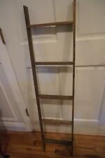 PRIMITIVE SHABBY WOODEN DECORATIVE LADDER
