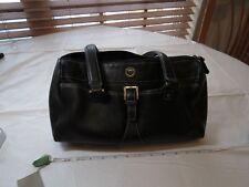 Etienne Aigner purse handbag shoulder bag leather black lots of pockets GUC