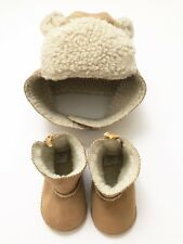 Gap Baby Girl Boy Hat & Shoes Boots Moccasins Size 3-6 Months