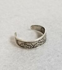 925 Sterling Silver Etched Leaping Dolphins Toe Ring - Size Adjustable