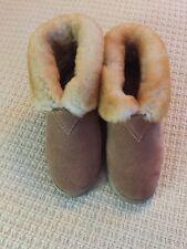Deerfield Leathers Women's Warm Slippers. Women Sz8
