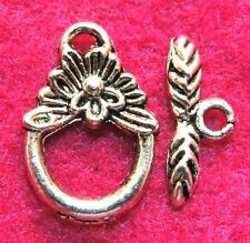 50Sets WHOLESALE Tibetan Silver FLOWER Toggle Clasps Connector Hooks Q0940