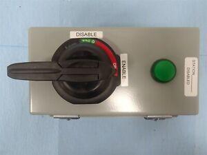 Allen-Bradley 1000-194RG2 Lockable Selector Switch