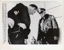 1969 PHOTO PRISON GUARD WITH JAMES EARL RAY NASHVILLE, TENN