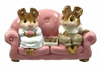 WEE FOREST FOLK WFF MOUSE FIGURINE M-134 FIRST DATE PINK COUCH 1986 With BOX