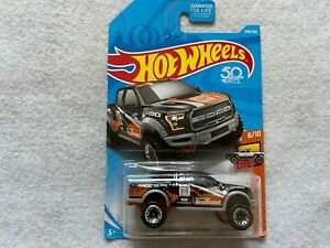 17 Ford F-150 Raptor HW Hot Trucks Hot Wheels