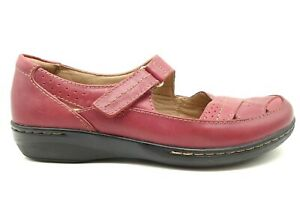 Clarks Red Leather Adjustable Slip On Loafers Shoes Women's 8 W