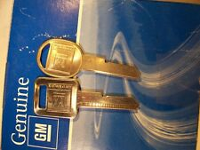 1 SET  GM  OEM  GENUINE  E & H   BRIGGS & STRATTON   KEY BLANK   UNCUT