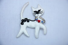 CUTE WHITE CAT KITTEN 6cm Embroidered Iron Sew On Cloth Patch Badge APPLIQUE