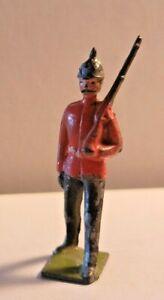 BRITISH SOLDIER MARCHING W/ RIFLE CHERILEA CRESCENT BRITAINS TIMPO JOHILLCO