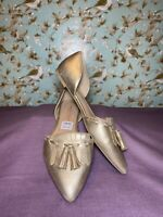 Size 9 W | Christian Siriano For Payless Gold Pointed Toe D'orsay Flats Women's