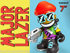 "Mascot 7"" / 20cm Vinyl Figure - Bot MAJOR LAZER X Kidrobot & DJ Snake - Lean On"