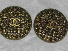 CHANEL 2  BUTTONS  BRONZE CC LOGO 20 MM  NEW LOT 2  FLAWLESS