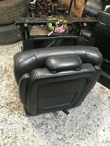CHRYSLER GRAND VOYAGER 2008-15 2RD ROW DRIVERS BLACK LEATHER SEAT CENTER RH