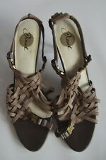 DIESEL BROWN LEATHER LEATHER HEELED STRAPPY BUCKLE SANDALS - EUR 39 UK 6 US 8