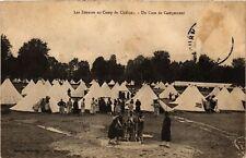 CPA  Militaire - Les Zouaves au Camp de Chalons - Une Coin de Campement (695541)