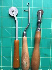 Vintage Latch Hook Rug Tool Wooden Handle Yarn Hooking Craft,2Tracing wheels