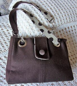 Brown hand / shoulder bag by EARTH SQUARED Semi spotted Look of wool / felt