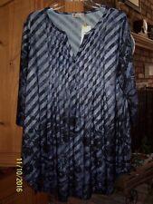 NWT Women's PLUS Sunflower tunic shirt blouse Size 1X Black & Gray Notch neck