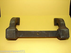 Pretty Antique Handle Cast-Iron de Fer, IN Solder IV