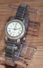 Collezio Quartz Silver Tone Round Analog Women's Stretchy Wrist Watch *READ*
