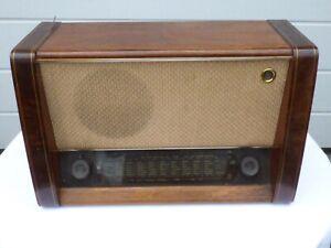 Museales Röhrenradio Blaupunkt - F 51 W -