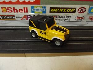 TYCO YELLOW / BLACK JEEP CJ-7 With HP-2 CHASSIS HO SLOT CAR