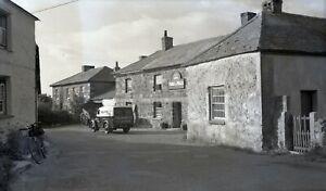 B/W Large Negative Newtown Cornwall Prince Of Wales Inn Pub 1949+Copyright W134