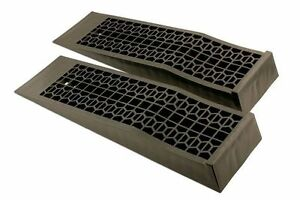 LOW LEVEL RISE CAR RAMPS IDEAL FOR CLASSIC CARS 700mm x 200mm x 80mm (5Tonne)