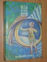 A Wind In The Door L'Engle, Madeleine  Published by Methuen, London (1975)