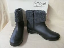 Women's Soft Style 10M Black Faux Leather w/Cuff Kendria Zip Fashion Ankle Boots
