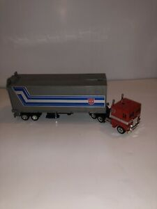 TRANSFORMERS OPTIMUS PRIME ORIGINAL G1 TAKARA FRANCE 1980-1982