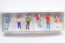 HO Preiser 10113-3 Hikers with Backpacks ( Color # 3 )  Figures