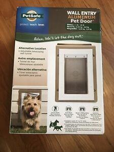 PetSafe Cat/Dog/Pet Door, Small, New In Box