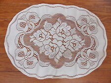HERITAGE LACE IVORY FLOWERS AND BOWS SET OF 4 PLACEMATS  ITEM 6082