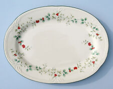 "Pfaltzgraff WINTERBERRY 14½"" x 10¾"" Oval Serving PLATTER Holly Mistletoe - NEW"