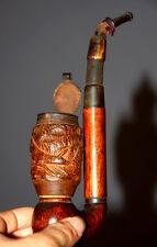 Pipe en bois sculpté de la Forêt Noire, à décor zoomorphe . Travail du XIX° .