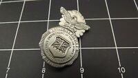 """BRAND NEW Lapel Pin U.S. """"SECURITY POLICE"""" USAF AIR FORCE pewter color solid"""