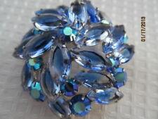 DeLizza & Elster JULIANA vintage silver colored brooch w sparkling rhinestones