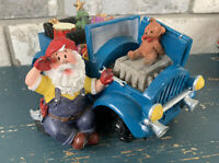 RESIN Christmas SANTA With Blue CAR Changing Flat Tire FIGURINE